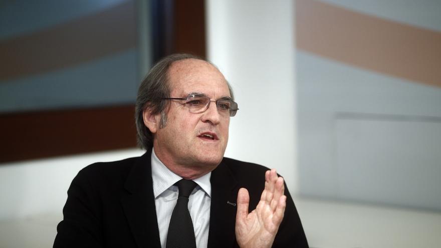 Ángel Gabilondo es el único que obtiene el aprobado pero Cifuentes es la más conocida