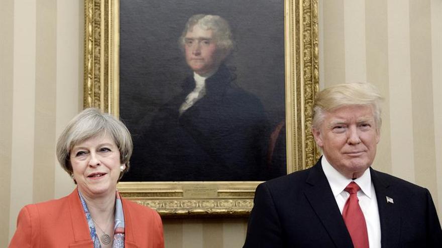 """Trump habla con May y le traslada su """"solidaridad"""" por el atentado de Londres"""