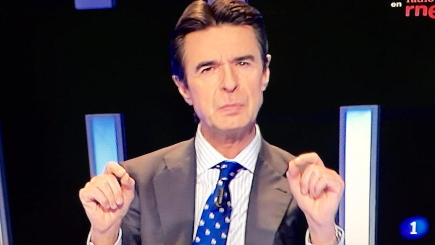 El candidato por Las Palmas al Congreso de los diputados y actual ministro de Industria, José Manuel Soria, en el debate de RTVE