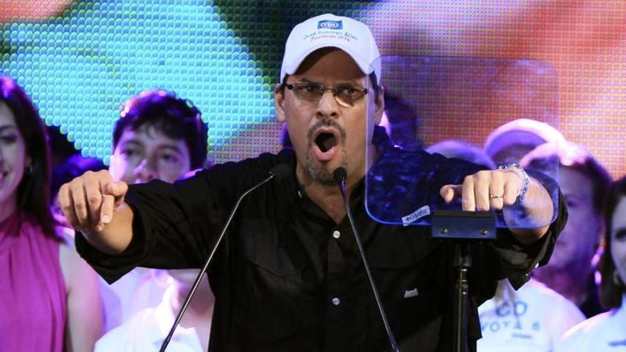Candidato oficialista sigue a la cabeza de la intención de voto en Panamá