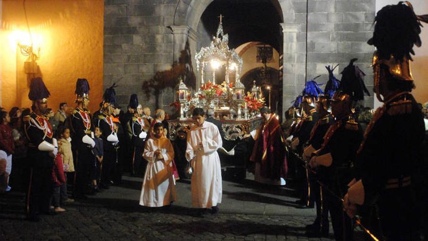 Imagen de archivo de una procesión de la matriz de la Concepción, en Santa Cruz