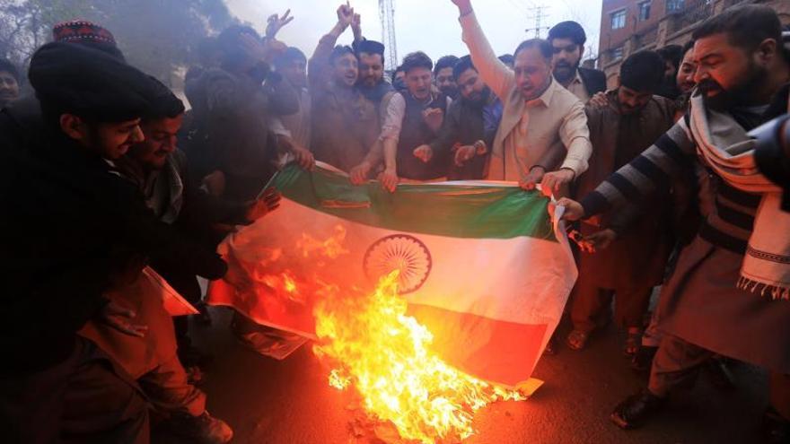 Pakistán anuncia el derribo de dos cazas indios en el espacio aéreo paquistaní