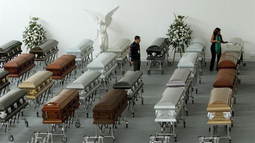 Comienza repatriación de víctimas mortales de accidente aéreo en Colombia