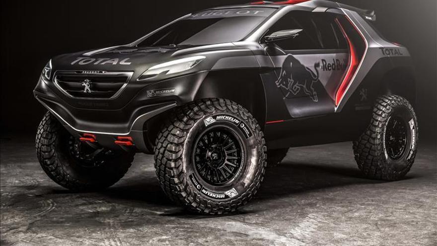 Peugeot muestra la versión final del 2008 DKR para el Dakar 2015