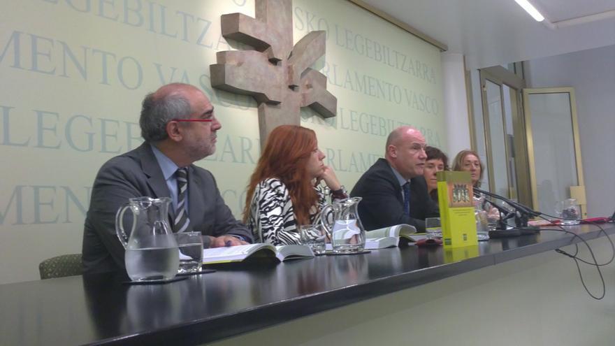 """Ararteko defiende que los objetivos y el lema de la manifestación de Tantaz Tanta """"no incurren en ningún ilícito penal"""""""