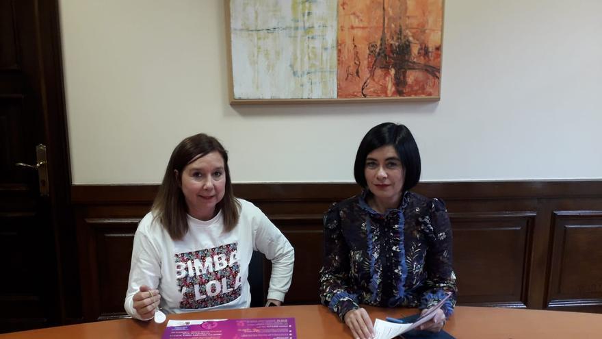Pilar Ríos e Idoia Agorria en el Ayuntamiento de Durango