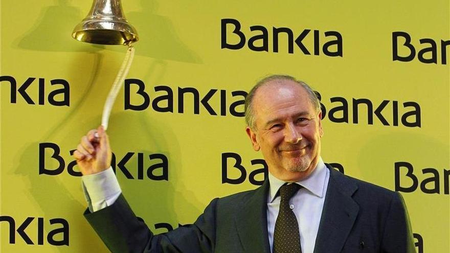 Un informe pedido por Rato defiende las cuentas del debut bursátil de Bankia