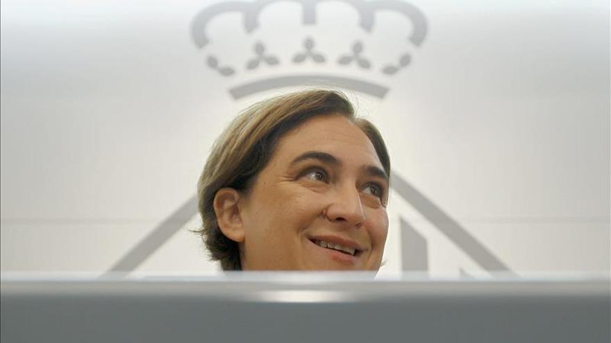 Colau: La imputación de Mas demuestra el desprecio de Rajoy por la democracia