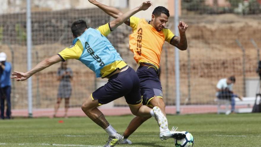 Vitolo, en un entreno con Las Palmas