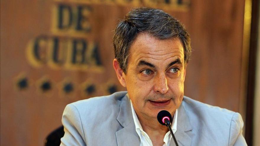 Sáenz de Santamaría cree Zapatero debe conocer la situación en Sáhara y pide prudencia