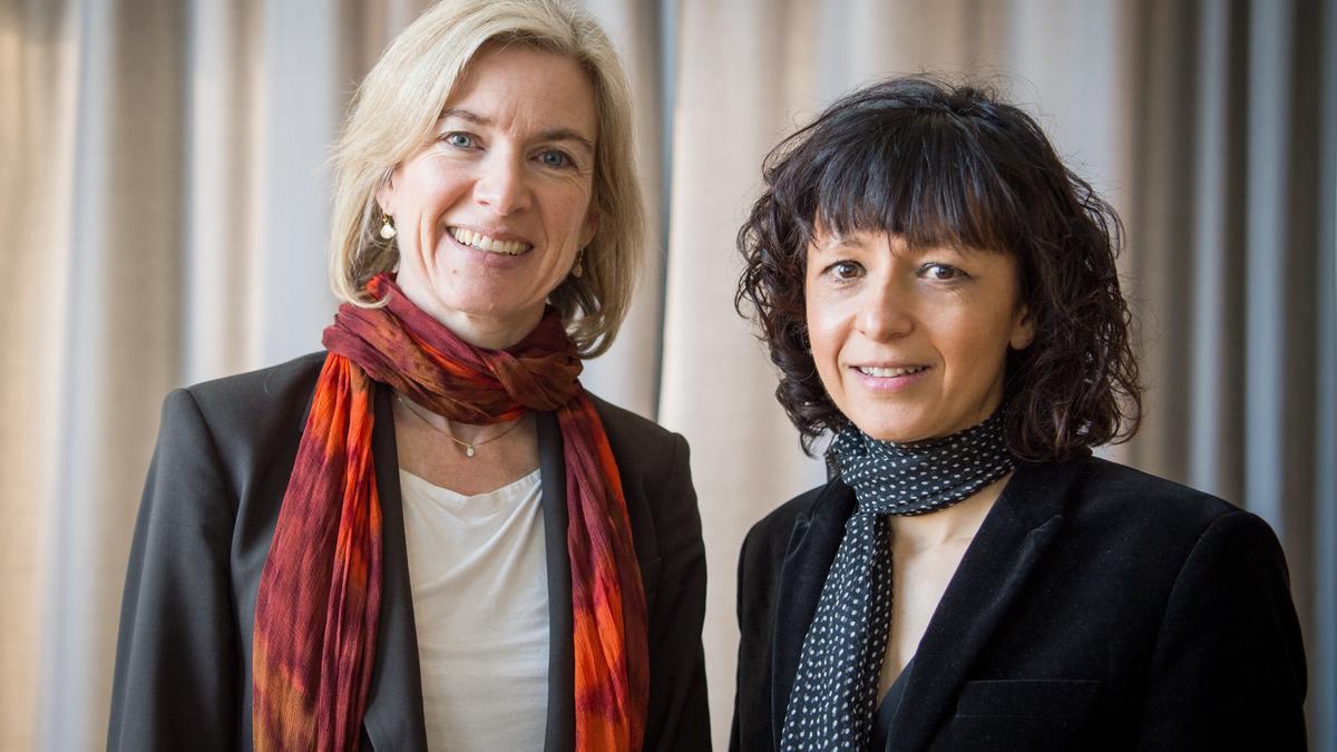 Jennifer A. Doudna y Emmanuelle Charpentier. EFE/EPA/ALEXANDER HEINL