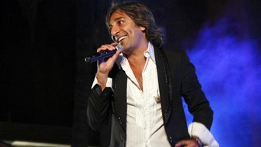Antonio Carmona en concierto