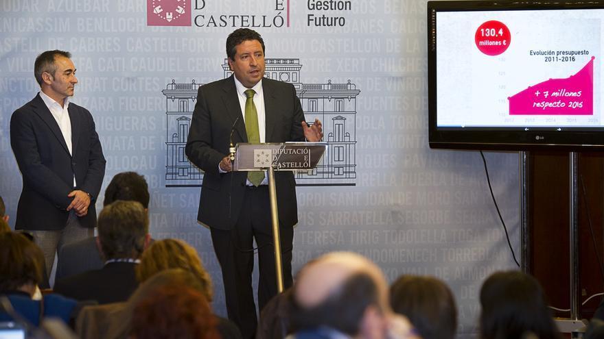 El presidente de la Diputación de Castellón, Javier Moliner, presenta el borrador de presupuestos para 2015.