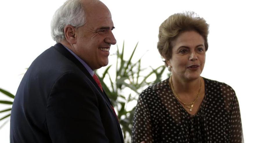 Unasur consulta con los cancilleres una posible reunión sobre la destitución de Rousseff