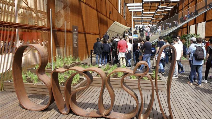 El éxito de público da un respiro a la Expo Milán tras los incidentes de su apertura