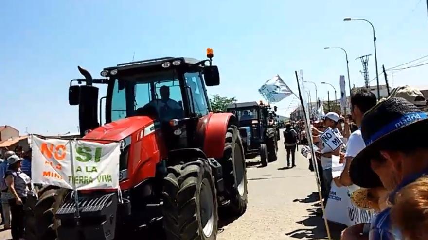 Manifestación y tractorada contra el proyecto de tierras raras / Podemos Valdepeñas