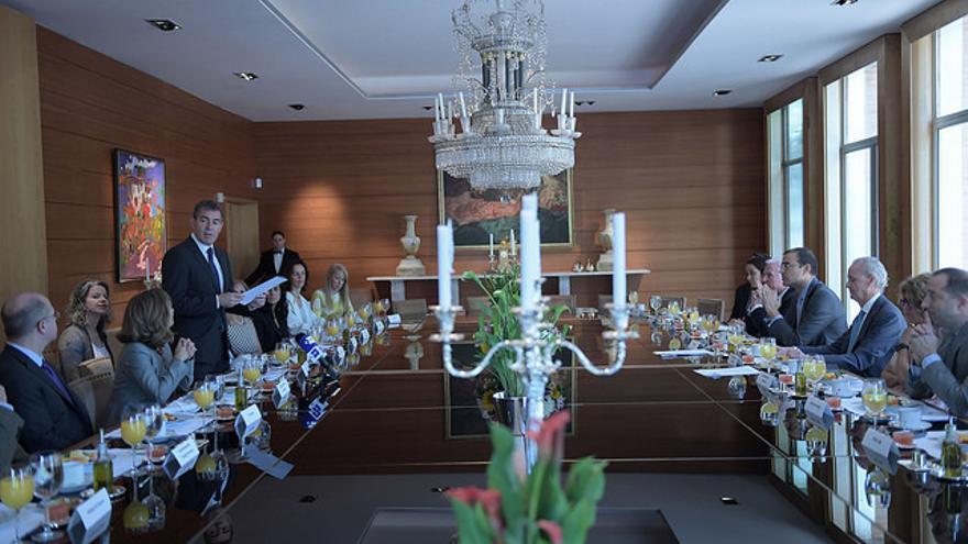 Encuentro de Fernando Clavijo con empresarios en Washington DC