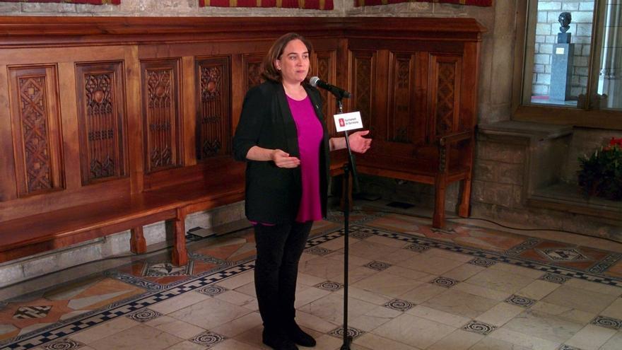 Ada Colau confirma que votará en blanco en el referéndum de Cataluña