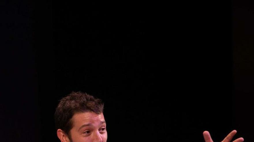 """Diego Luna dice que en México """"nos han contado mal la historia"""""""