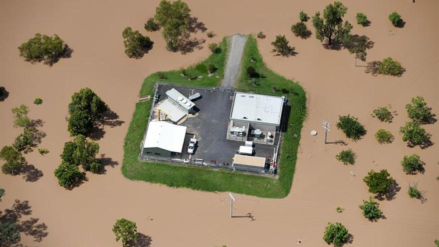 Miles de evacuados en Nueva Zelanda por el envite del ciclón Debbie
