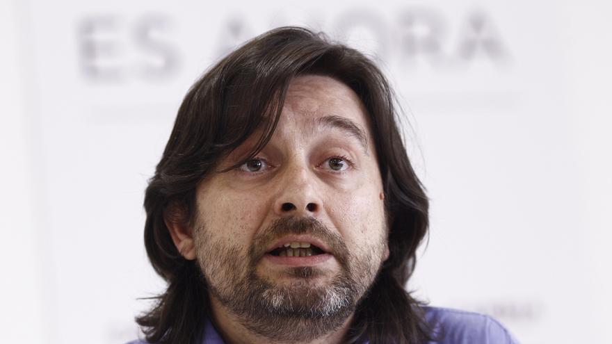 Mayoral avisa a los 'errejonistas' de que quien ataca a Iglesias intenta desmontar la única alternativa a Rajoy