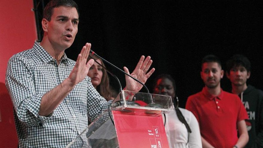 "Alcaldes ""sanchistas"" prevén menos avales, pero más votos que Susana Díaz"