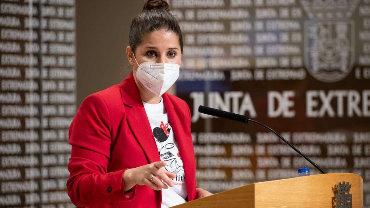 La consejera de Igualdad y portavoz de la Junta de Extremadura, Isabel Gil Rosiña, este martes en Mérida