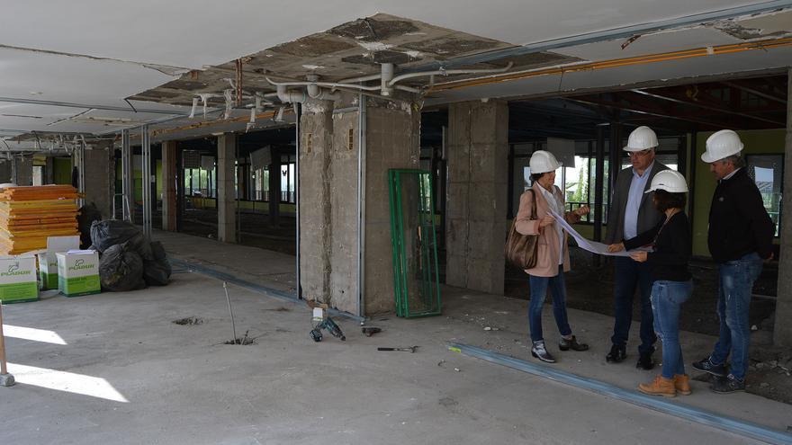 Visita a las obras de la Residencia de pensionistas.