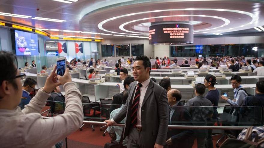 La Bolsa de Hong Kong abre con pérdidas del 0,20 %