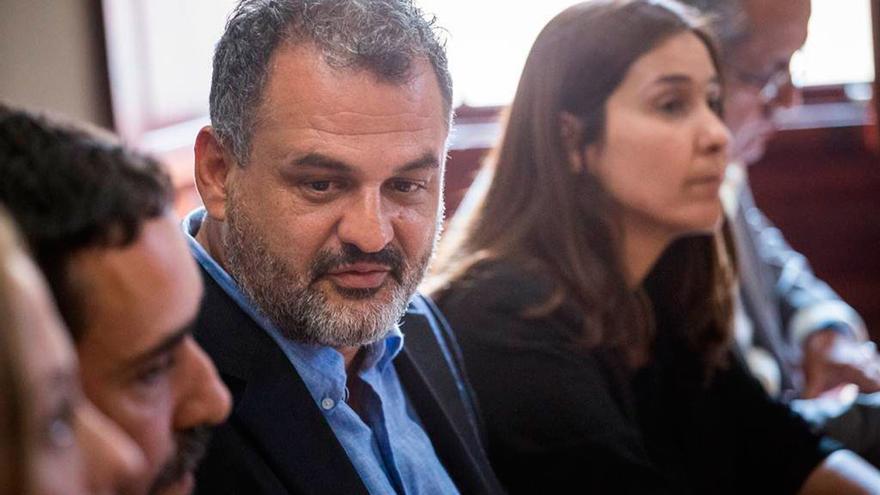 José Alberto Díaz, alcalde de La Laguna (CC), y Mónica Martín, primera teniente de alcalde (PSOE), en una imagen de archivo