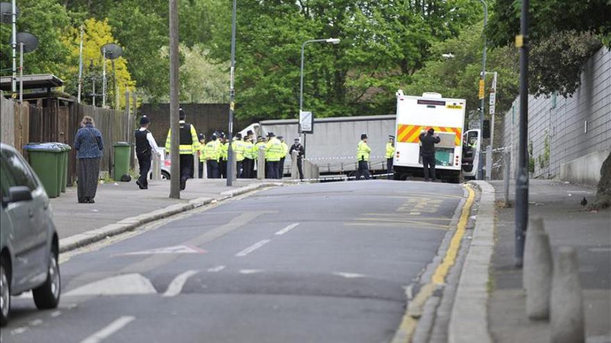 El Gobierno británico relaciona con el terrorismo el asesinato de un soldado