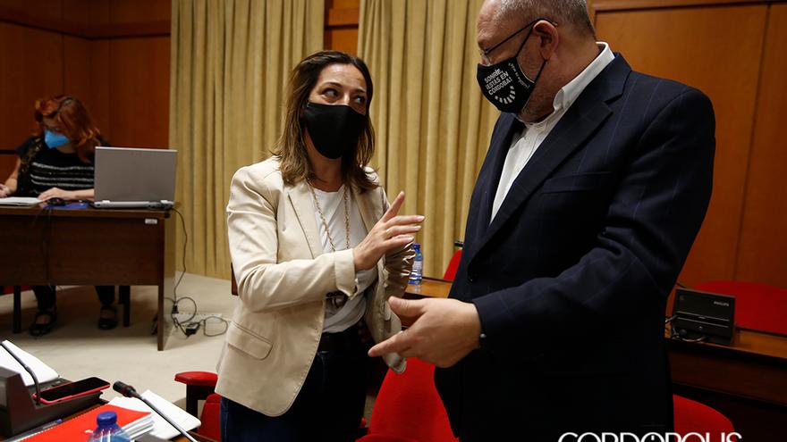 Concejales del PSOE antes del último Pleno | ÁLEX GALLEGOS