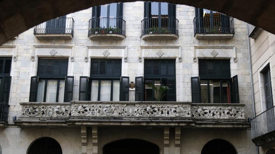 Las trabajadoras del Ayuntamiento de Girona dispondrán de un permiso menstrual de ocho horas al mes