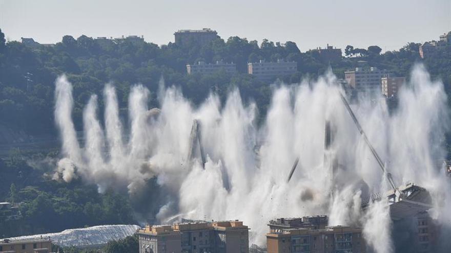 Demolición controlada de los restos del puente Morandi en Génova