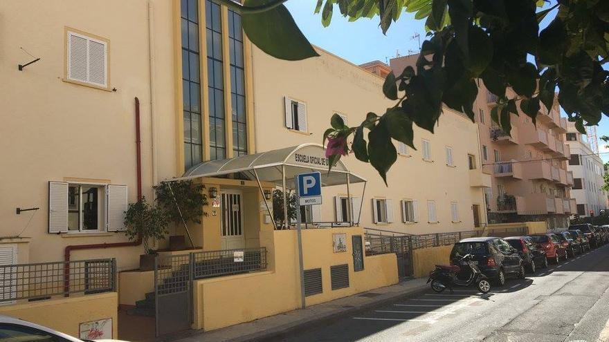 Escuela Oficial de Idiomas de Santa Cruz de Tenerife.