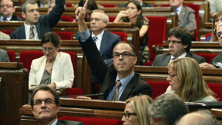 El pleno sobre pobreza acaba sin aprobar medidas de calado for Becas comedor barcelona