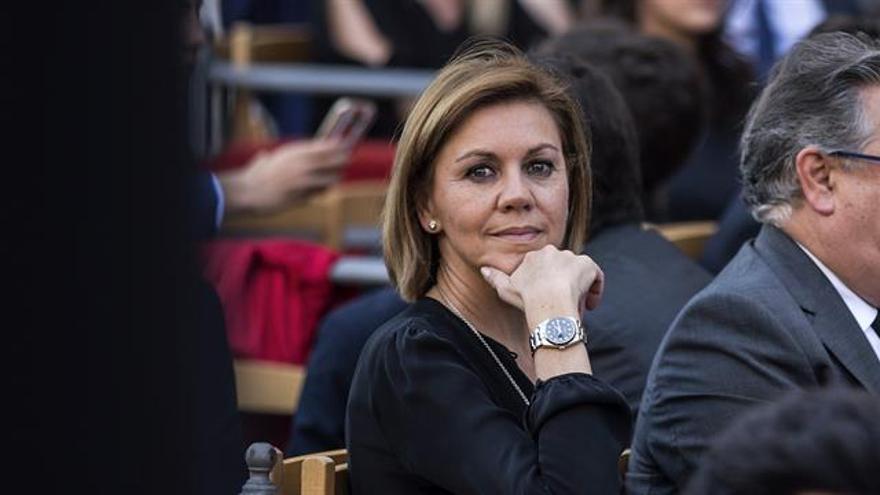 """El PSOE reprocha a Cospedal que lleve sus """"creencias personales"""" a Defensa"""