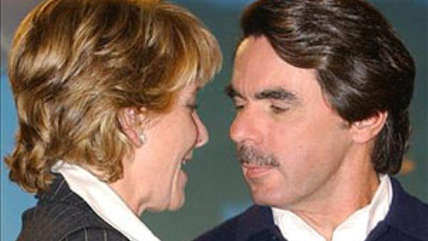 José María Aznar y Esperanza Aguirre, en una foto de archivo. (CANARIAS AHORA)
