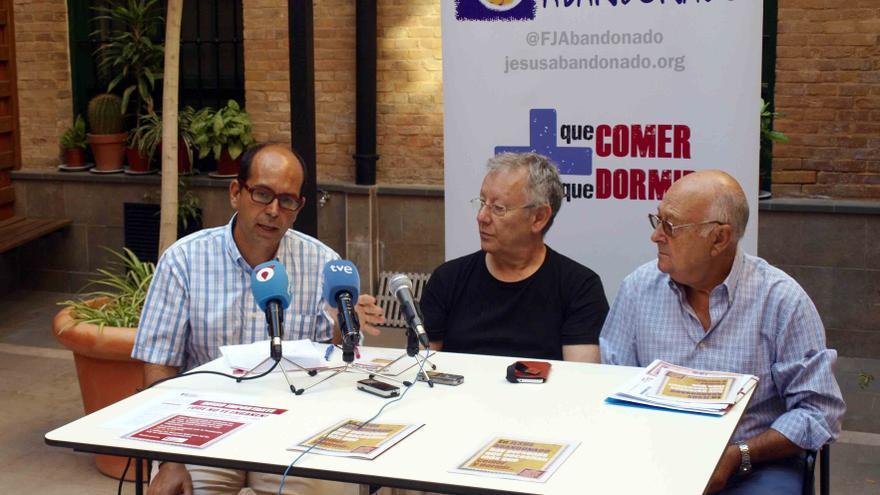López, Chipola y Fernández en la presentación de la campaña 'Mucho Más'