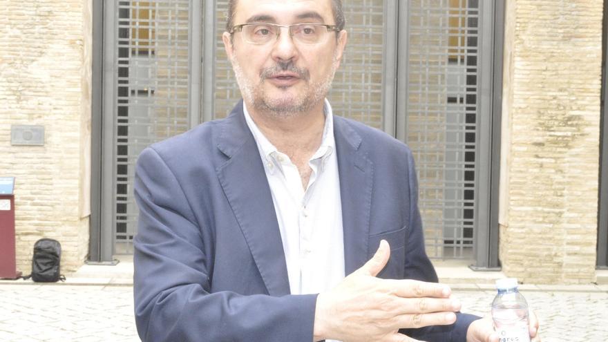 """Lambán insiste en que el PSOE """"tiene que ir a la oposición"""", votar """"no"""" a Rajoy y reconstruir su proyecto"""