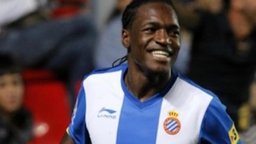 Thievy, con la camisete del Espanyol. (udlaspalmas.es)