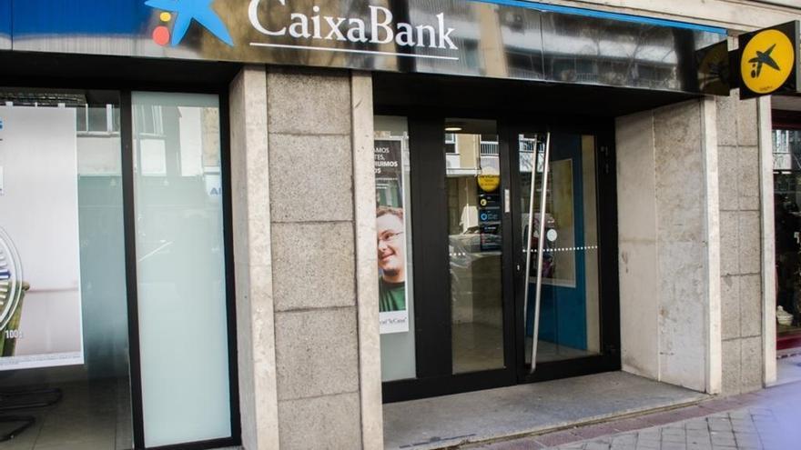 CaixaBank y sindicatos acuerdan hasta 484 bajas voluntarias