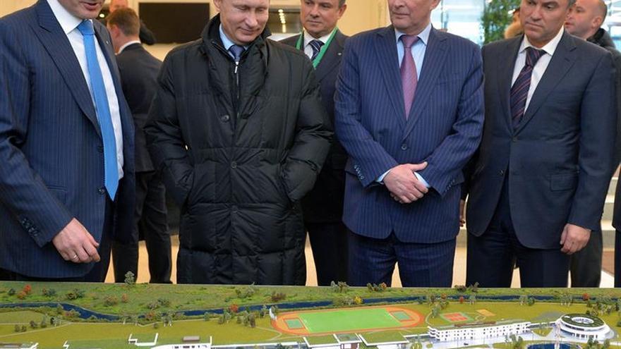 Putin propone al ideólogo del Kremlin Volodin para presidir la Duma estatal