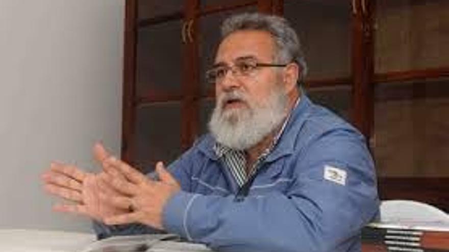 El escritor Félix Hormiga.