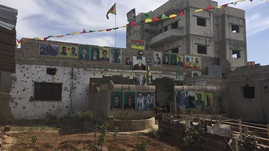"""Los kurdosirios inician una votación para renovar las """"comunas"""" de su sistema federal"""