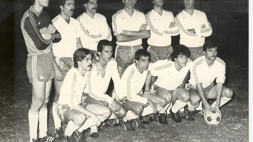 El CD Tenerife de comienzos de los años 80 luchaba por salir del pozo de la Segunda B.