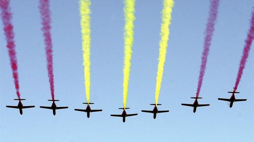 Cerca de treinta aeronaves ensayan hoy el desfile del Doce de Octubre