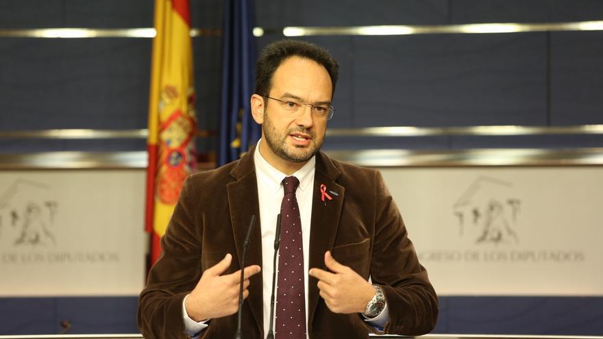PSOE insiste en que su voto al paquete del techo de gasto depende de la negociación, en la que meten SMI e impuestos