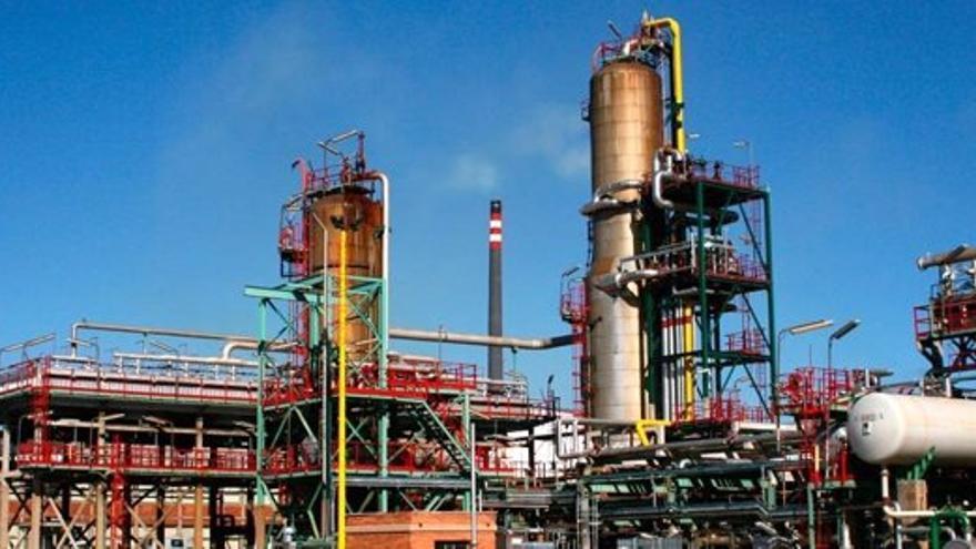 """El Gobierno castellanomanchego, a Repsol: """"La transición energética tiene que ser una oportunidad, no para destruir empleo, sino para propiciarlo"""""""
