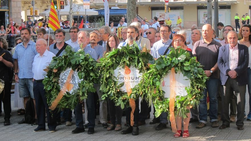 """Òmnium llama a la movilización tras las """"obscenas"""" declaraciones de Margallo"""